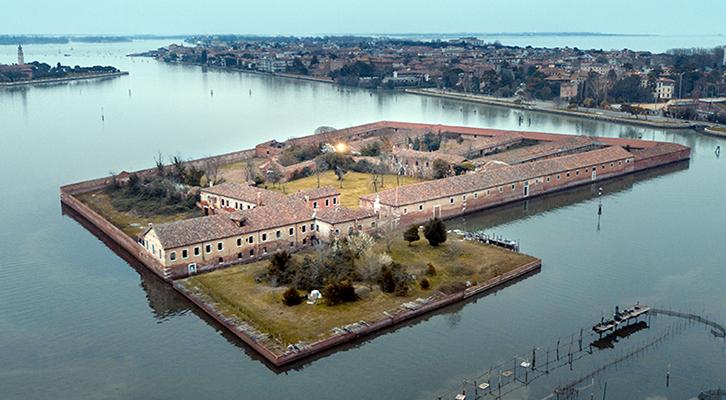 Emergenza sanitaria: il Lazzaretto vecchio di Venezia, antenato della nostra quarantena casalinga