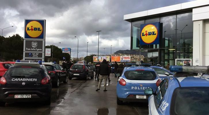 L'epidemia di Covid-19. Disordini in un supermercato il 26 marzo a Palermo