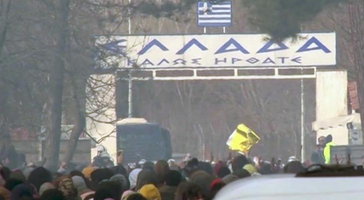 I migranti siriani spinti da Erdogan al confine greco