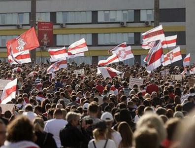 Bielorussia, Proteste in piazza a Minsk dopo il giuramento di Lukashenko