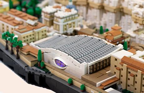 La Città del Vaticano in mattoncini Lego by Rocco Buttliere. La sala Nervi