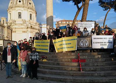 Holodomor. Il sit-in della comunità ucraina romana