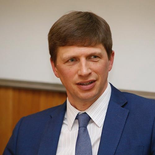 L'analista politico Andrew Spannaus