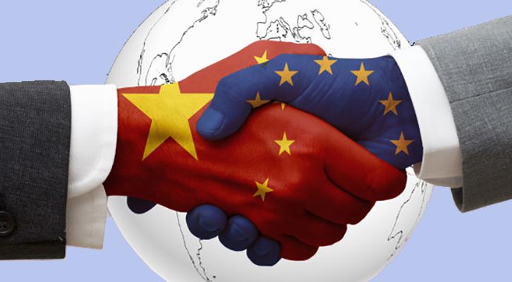 Il presidente cinese Xi Jinping tifa per l'autonomia strategica europea