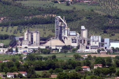 Il sindaco Stirati favorevole all'utilizzo al Css nelle cementerie di Gubbio