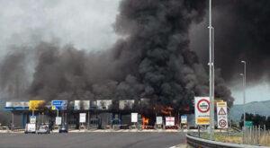 I 2 incendi sull'A1 di Fiano Romano e Valmontone