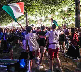 I festeggiamenti per le vittorie azzurre ad Avellino