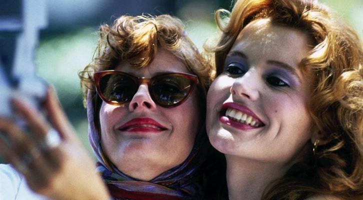 Trent'anni di Thelma & Louise, il film cult di Ridley Scott con Geena Davis , Susan Saradon e Brad Pitt