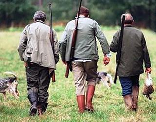 Parte la stagione della caccia mentre un Referendum ne chiede l'abolizione